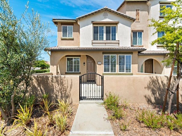 Watch video / view full details for HOT NEW MURRIETA LISTING – 40967 BELLERAY AVENUE