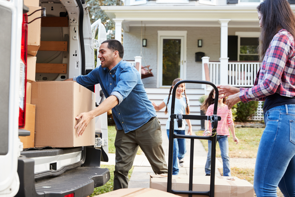 5 Things to Do Before Moving Out of Your Home